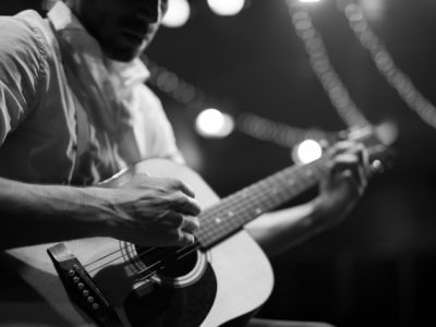 弾き語り曲のアレンジ〜イントロ、間奏などの弾き方