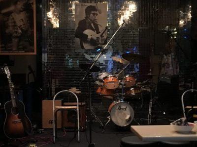 岐阜・大垣「アコギな酒場 ねじれ」濃厚なライブでした