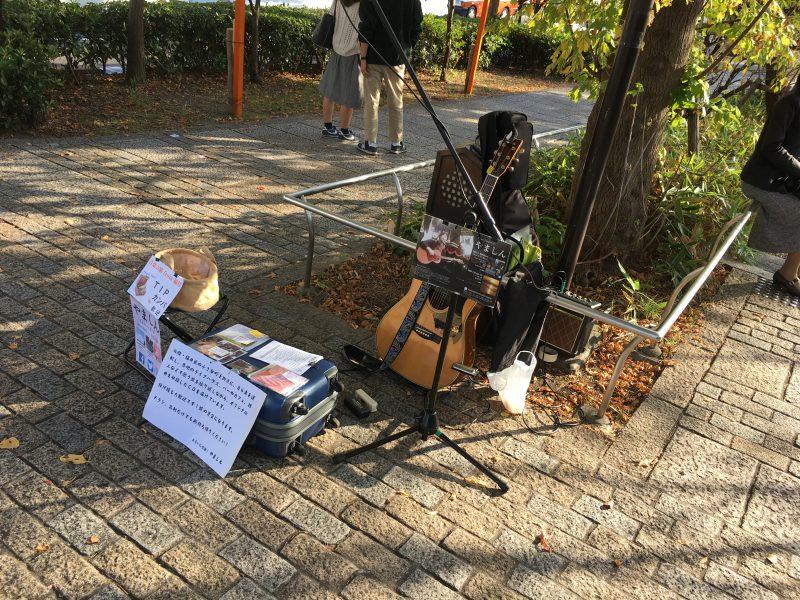 京都四条大橋路上ライブ